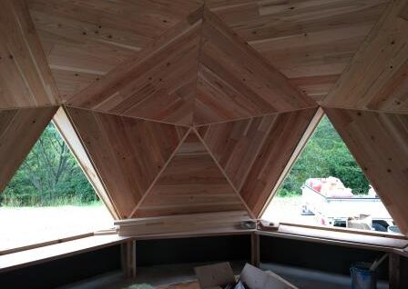 clt木材でドームハウス建築